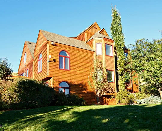 Luxury cedar home overlooking Helena, MT - stained and completely restored